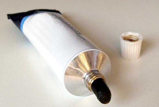 Soluzione finale contro la cimice dei letti: crema anti scabbia!